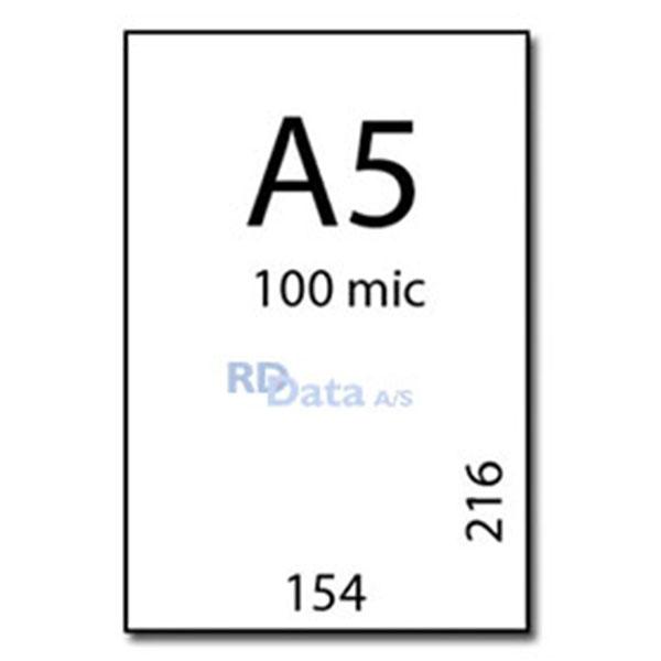 A5 lamineringslommer, 100 mic./my. 100 stk. pr. pakke Mål: 154 x 216 mm. Vægt: 0,9 kg. pr. pakke. Alt i plastkort, kortprintere og tilbehør hos RD Data