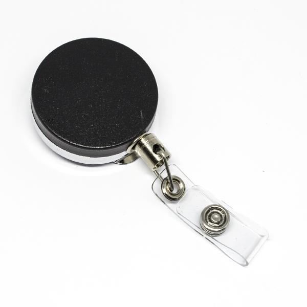Solid og funktionel 40 mm yoyo med stålwire, bælteclip på bagsiden og metaltryklås på båndet.