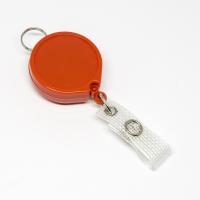 Rød, praktisk 35 mm yoyo med nylonsnor, bælteclip på bagsiden, metaltryklås på båndet og ring til f.eks. en lanyard.