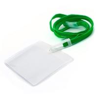 Horisontal kortholder i blød, blank, transparent plast med 10 mm grøn halssnor med sikkerhedslås og plastkrog. Passer til standard kort str. 86 x 54 mm. Altid kæmpe udvalg i plastkort, kortholdere, lanyards mm. hos RD Data